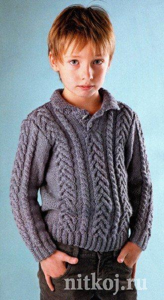 Серый пуловер спицами для