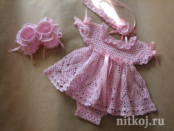 Связать платье девочке 3 месяца