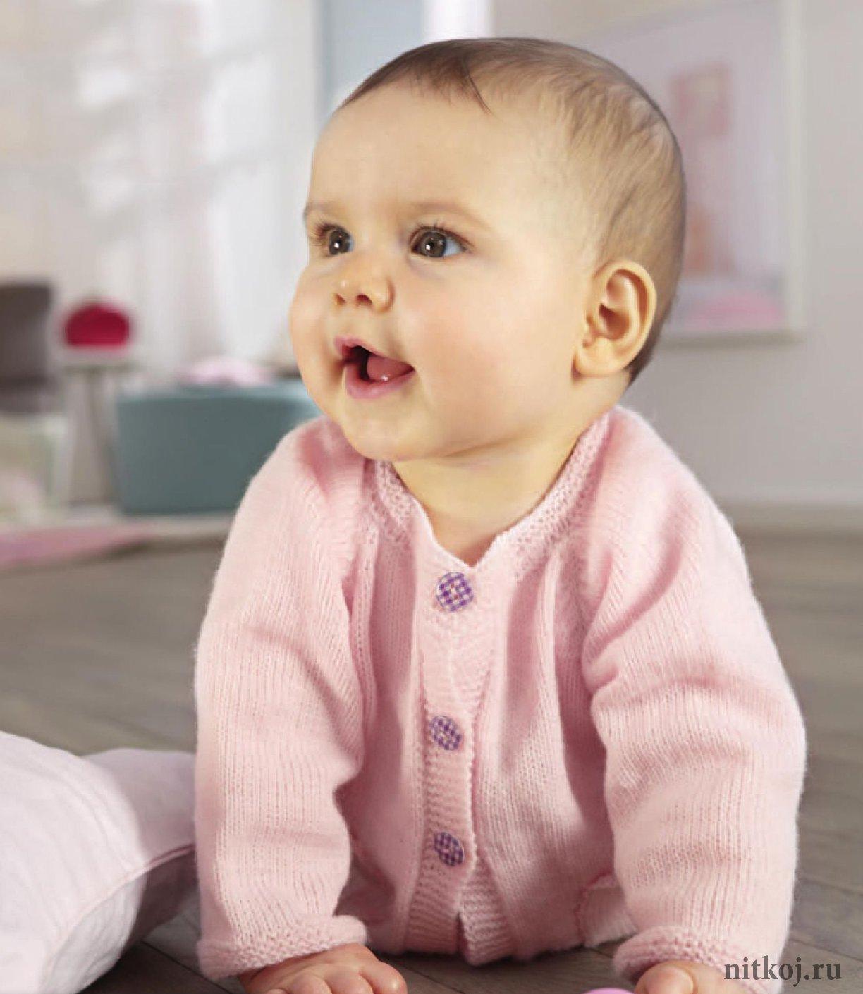 Вязаные кофты для малышей