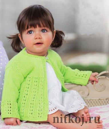 Зеленый жакет для девочки спицами