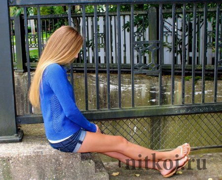 Синий пуловер реглан спицами